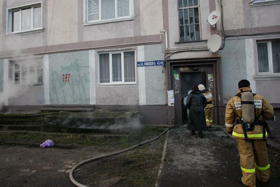 В доме на ул- Невского сгорел захламленный подвал