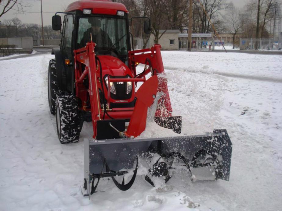 В Правдинском районе 125 км- дороги очищают от снега одним трактором - Новости Калининграда