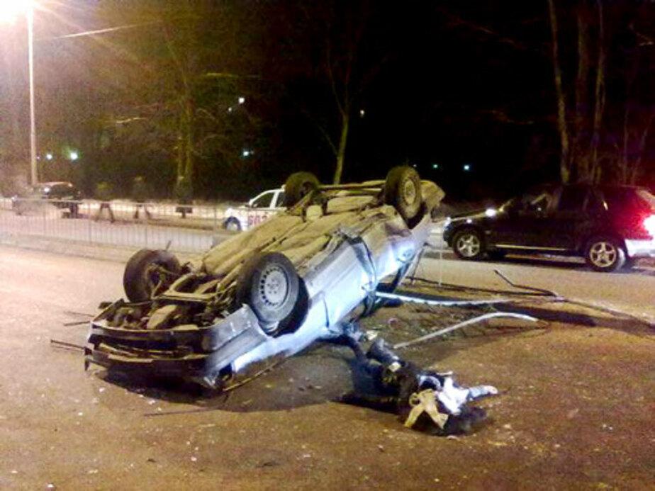 Водитель «обмыл» права и убил свою пассажирку