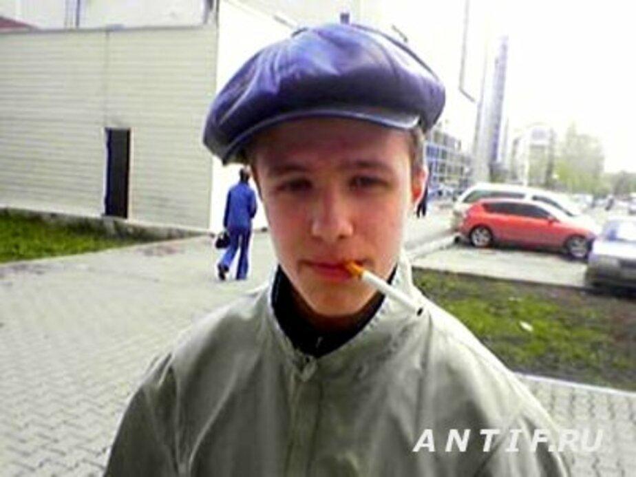 15-летний подросток под предлогом позвонить украл 2 мобильника - Новости Калининграда