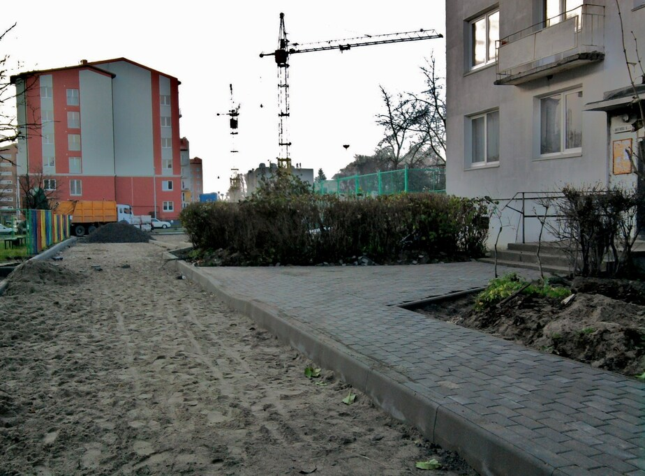 Как нам благоустраивают двор... - Новости Калининграда
