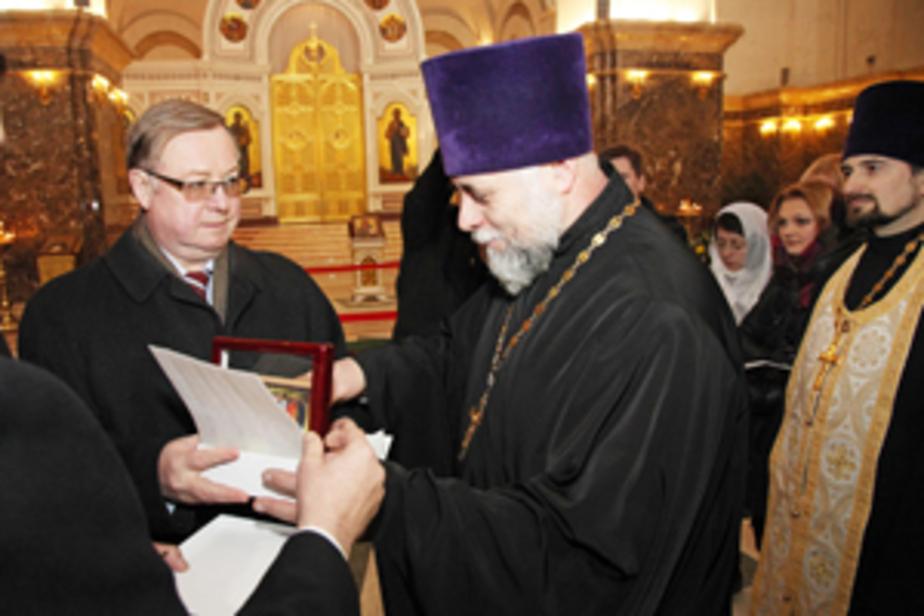 В Калининград привезли очередную православную святыню - частицу дерева Закхея