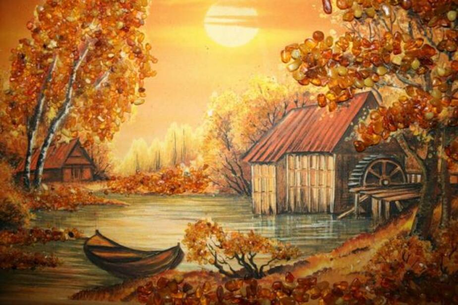 В Калининграде вор у себя дома устроил галерею из похищенных картин