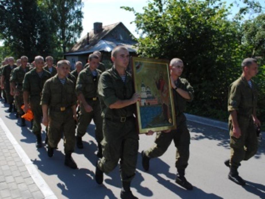 В Балтийск доставили икону с частицами мощей Ушакова - Новости Калининграда