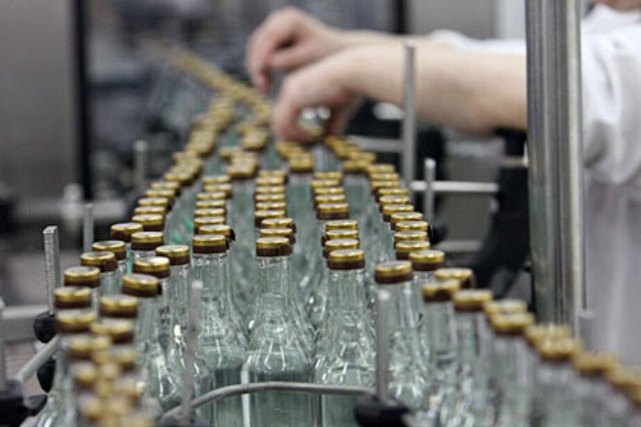 Производство водки в России упало на треть - Новости Калининграда