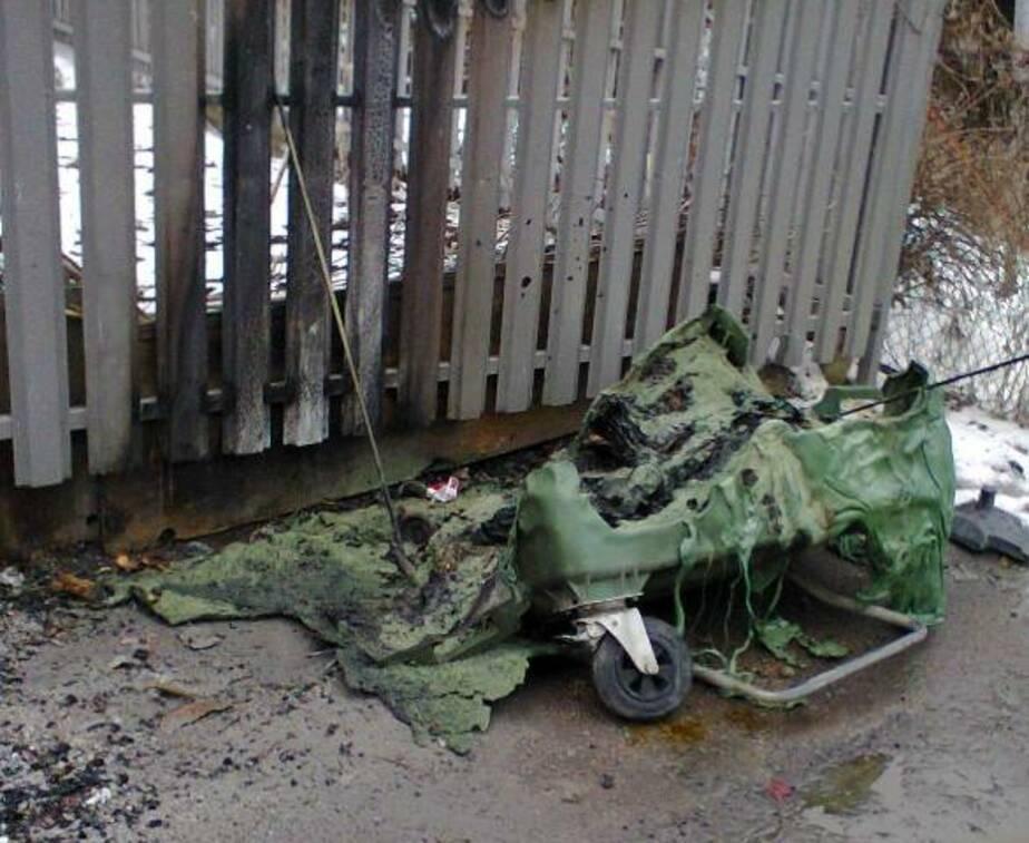 В Зеленоградске один за другим плавятся и сгорают мусорные контейнеры - Новости Калининграда