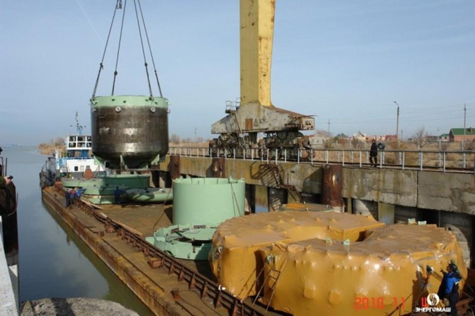 Из Волгодонска в Неман отправилась баржа с ловушкой расплава для реактора Балтийской АЭС - Новости Калининграда