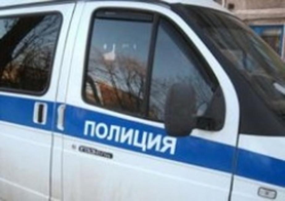 """В Зеленоградске """"Фольксваген"""" на парковке супермаркета сбил двух женщин - Новости Калининграда"""