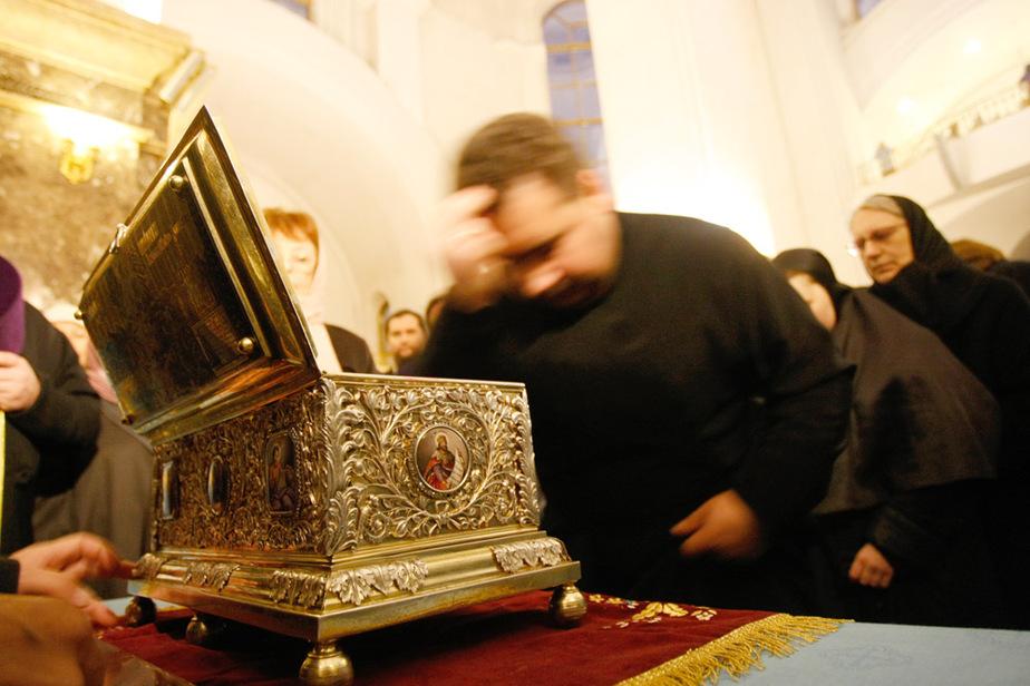 Калининградцы продолжают паломничество к Поясу Пресвятой Богородицы - Новости Калининграда