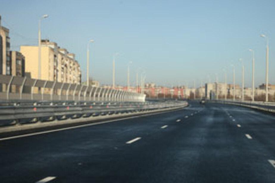 Для пешеходов на Второй эстакаде сделан тротуар в 1-5 метра шириной - Новости Калининграда