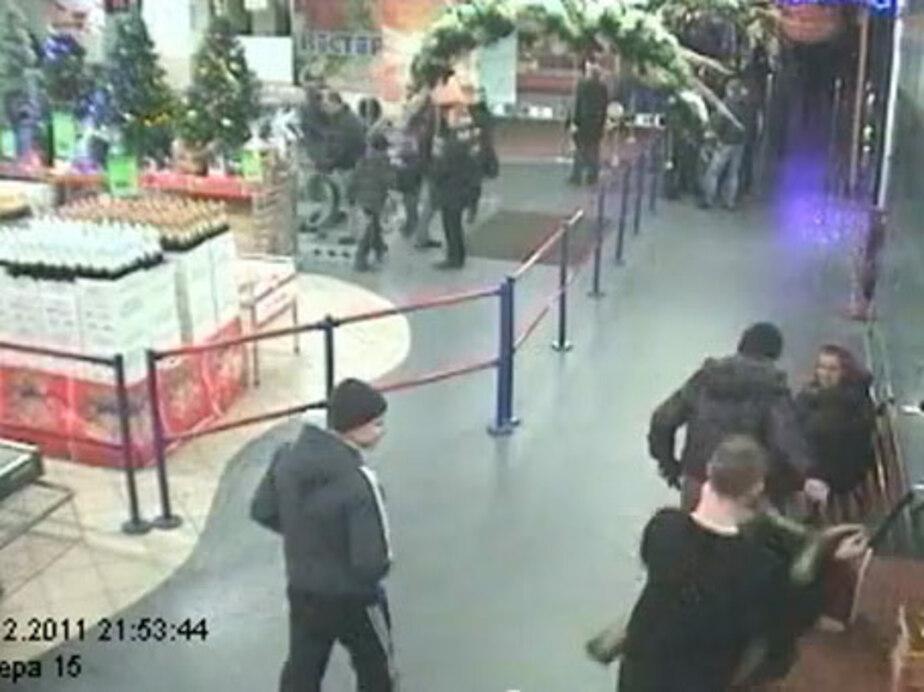 В Калининграде подростки украли из супермаркета церковный ящик - Новости Калининграда