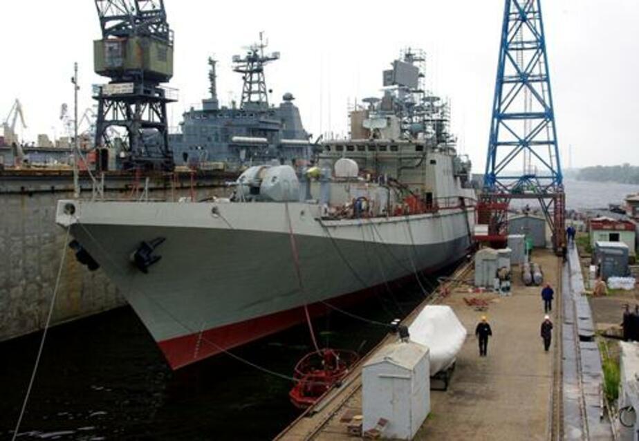 Индийский экипаж калининградского фрегата Trikand сел за парты - Новости Калининграда