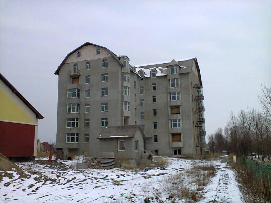В Зеленоградске вместо трехэтажного гостевого дома возвели шестиэтажный - Новости Калининграда