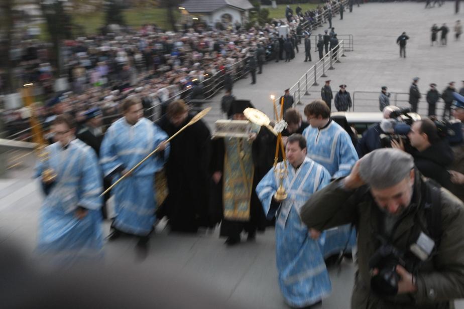 УВД- В очереди к Поясу Пресвятой Богородицы не было инцидентов - Новости Калининграда