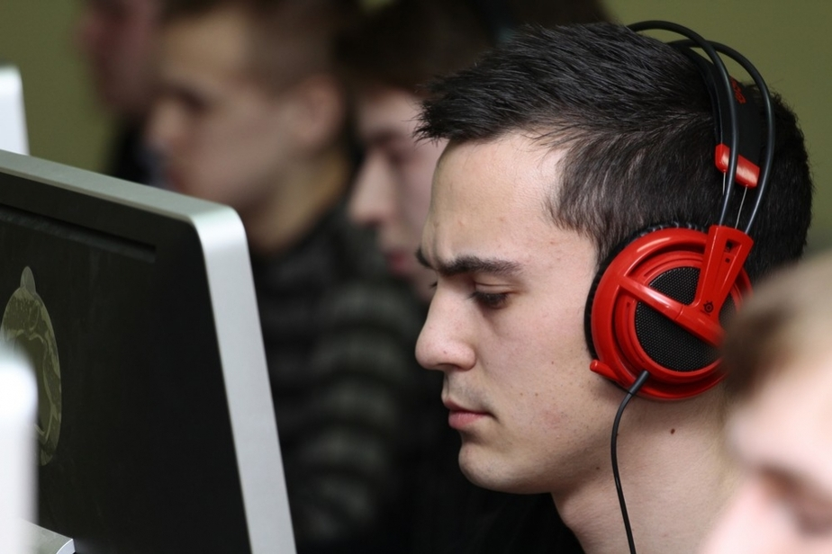 Киберсоревнования КГТУ определили чемпиона по Counter Strike