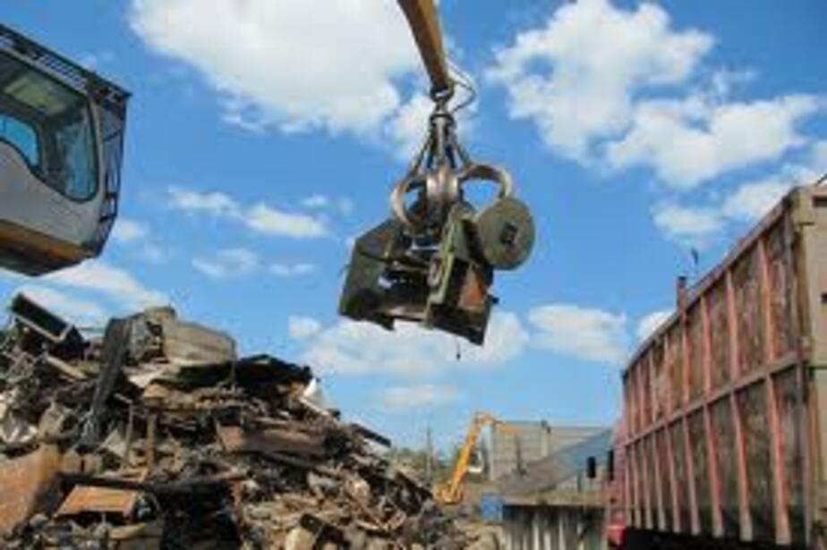 В Гвардейске трое мужчин украли 4 тонны металла с ж-д станции - Новости Калининграда