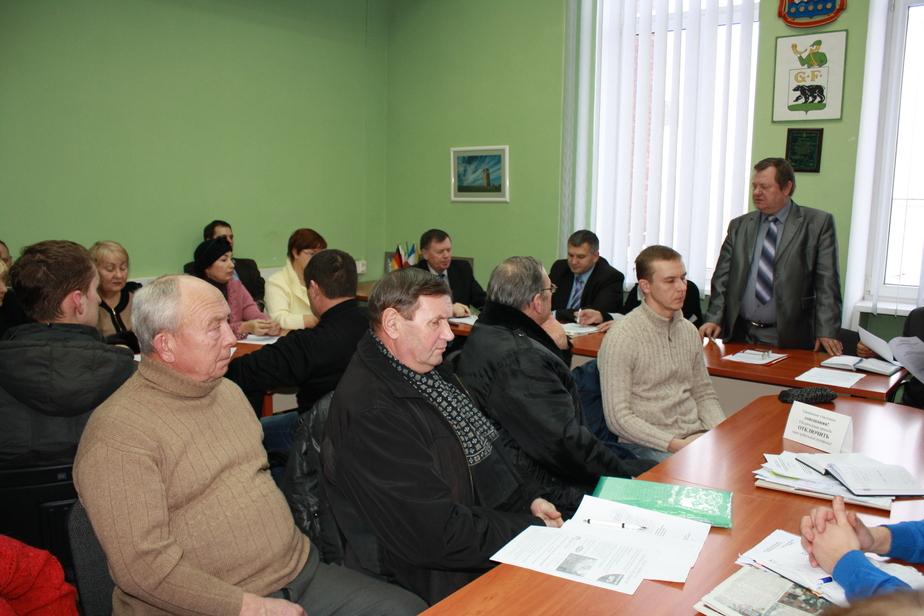 В Черняховске огородников посадили за -Круглый стол- - Новости Калининграда