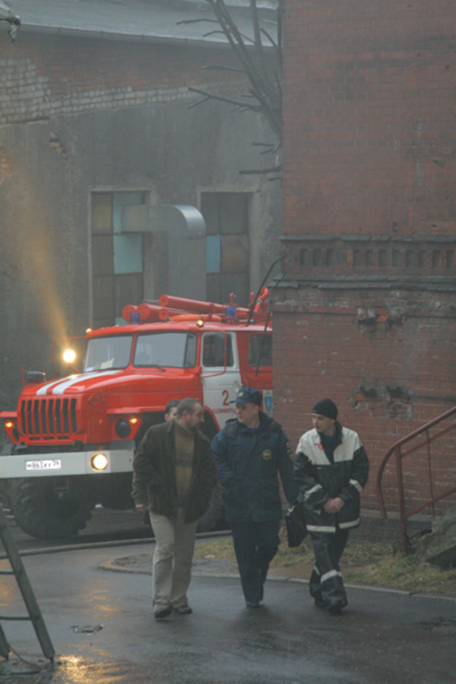 В Полесске пожарные потушили дом довоенной постройки - Новости Калининграда