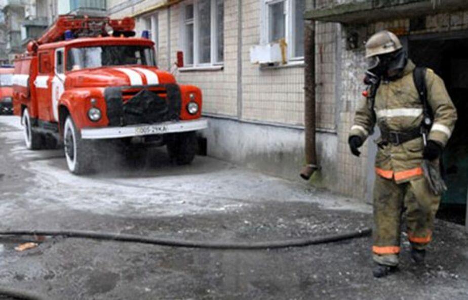 В доме под Краснознаменском сгорели диван и телевизор - Новости Калининграда