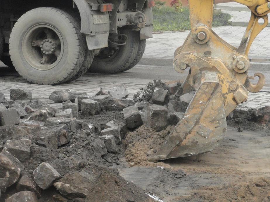На ул- Нарвской в Калининграде брусчатку заменят на асфальт - Новости Калининграда