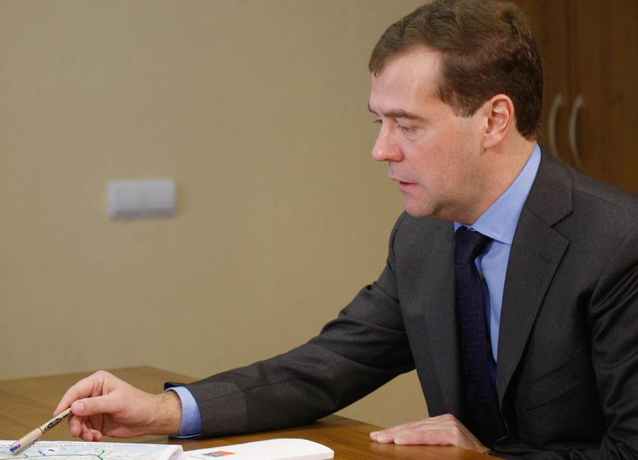 Медведев- Рассчитываю- что работа по безвизовому передвижению с Польшей завершится к декабрю - Новости Калининграда