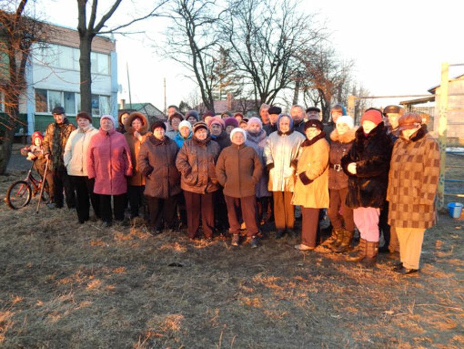 Жители Акулово не хотят жить на погосте - Новости Калининграда