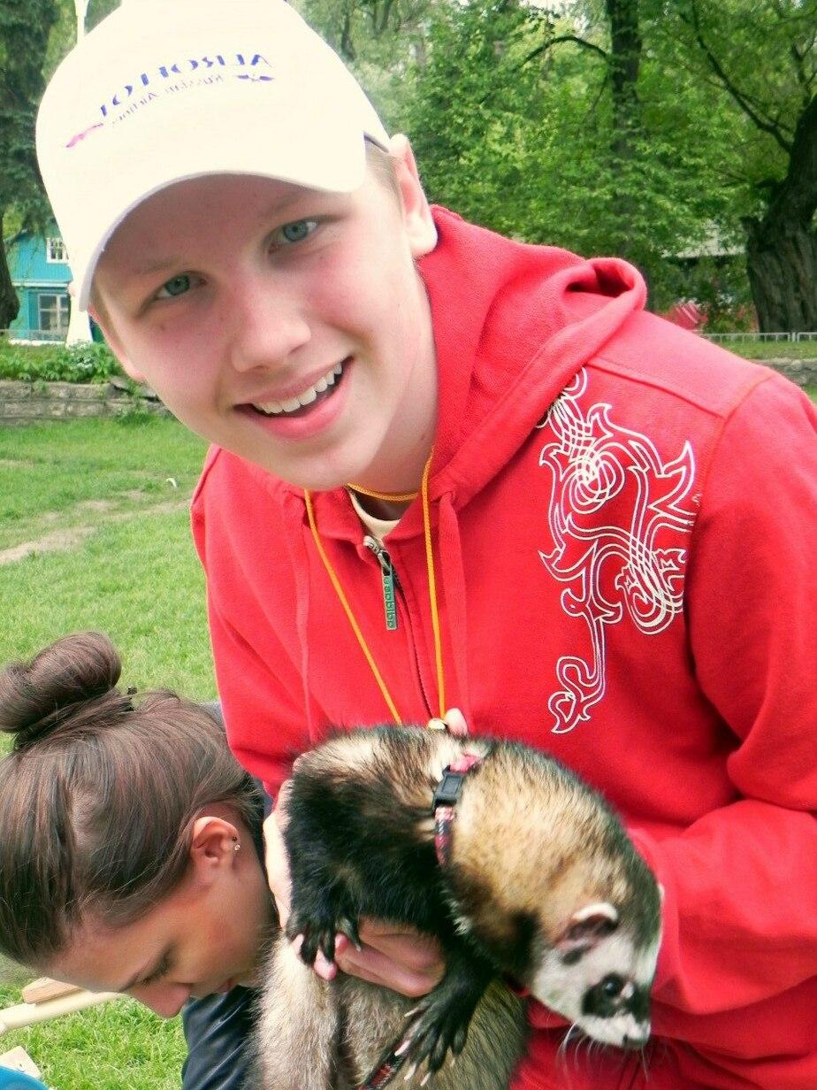 Калининградцы собирают деньги на аппарат- который избавит ребенка от изнуряющей боли - Новости Калининграда