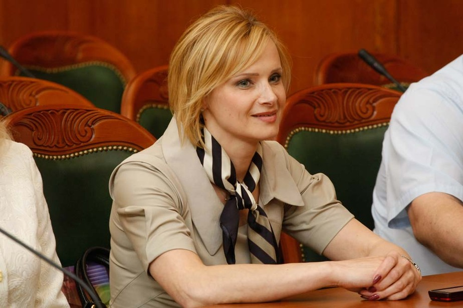 С избившими сверстницу школьницами из Гусева будут работать психологи- они в очень подавленном состоянии - Новости Калининграда