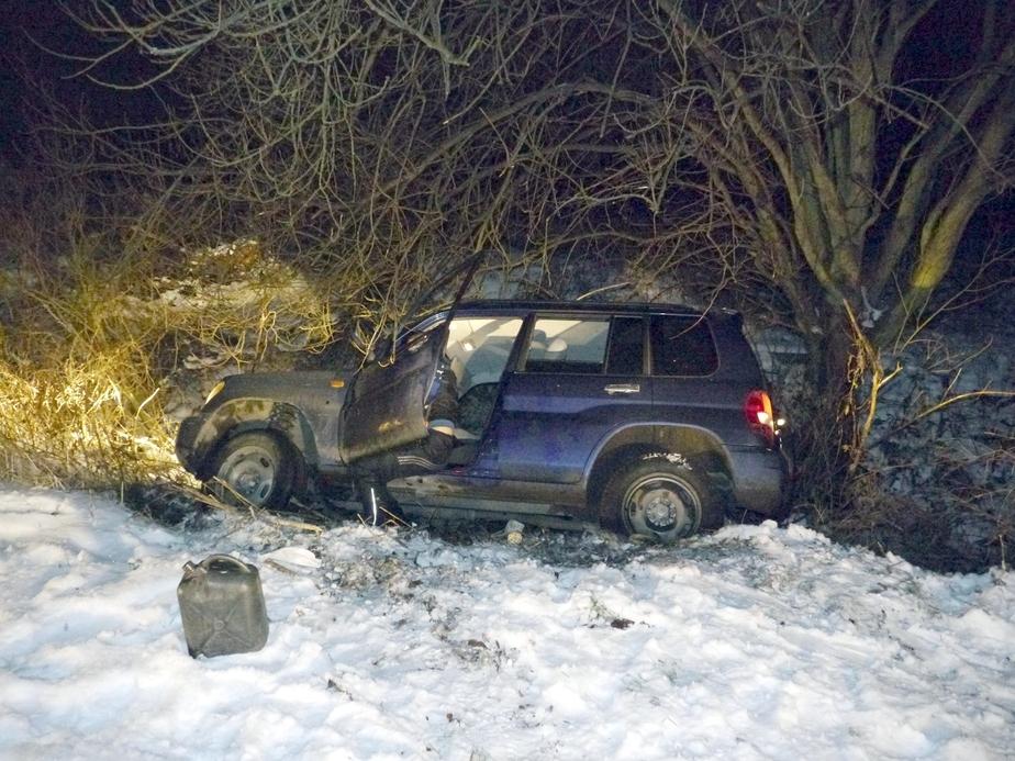 Пьяный калининградец пытался сжечь угнанный автомобиль - Новости Калининграда