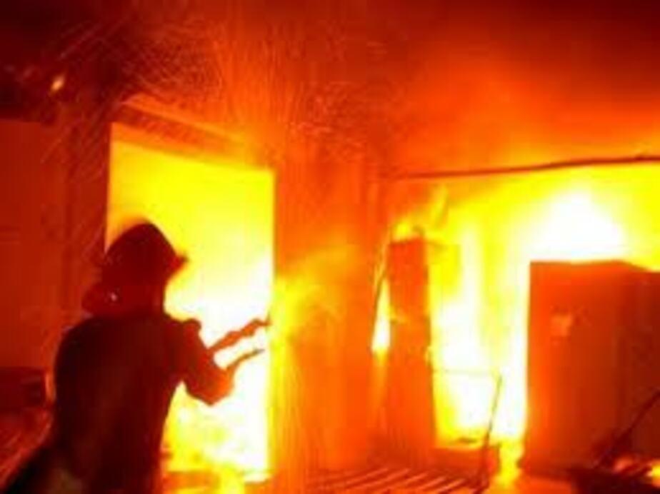 Двое мужчин погибли в сгоревшем доме под Гусевым - Новости Калининграда