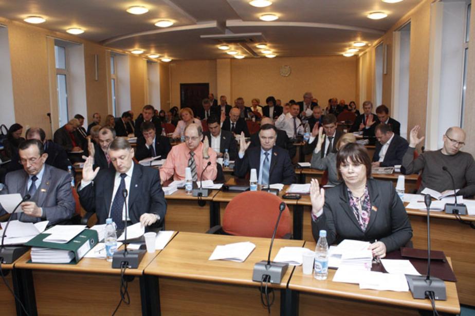 Депутаты разрешили Цуканову не согласовывать с ними кандидатуры министров - Новости Калининграда