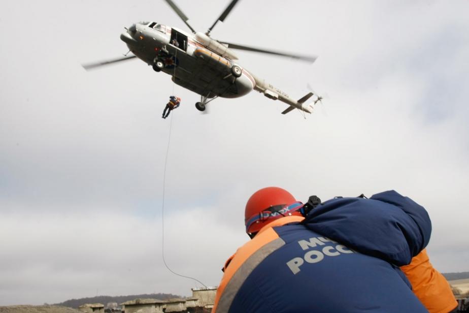 """""""Все пути отрезаны огнем""""- Спасатели МЧС отработали эвакуацию с помощью вертолета - Новости Калининграда"""