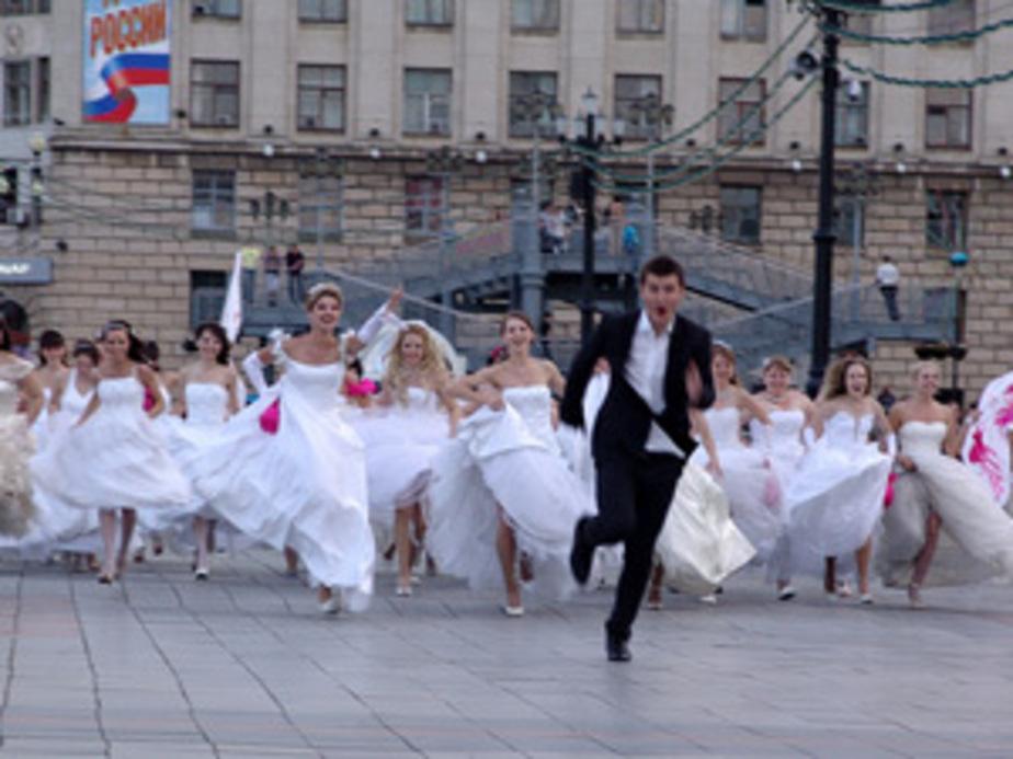 11.11.11: влюбленные Калининграда готовятся штурмовать загс