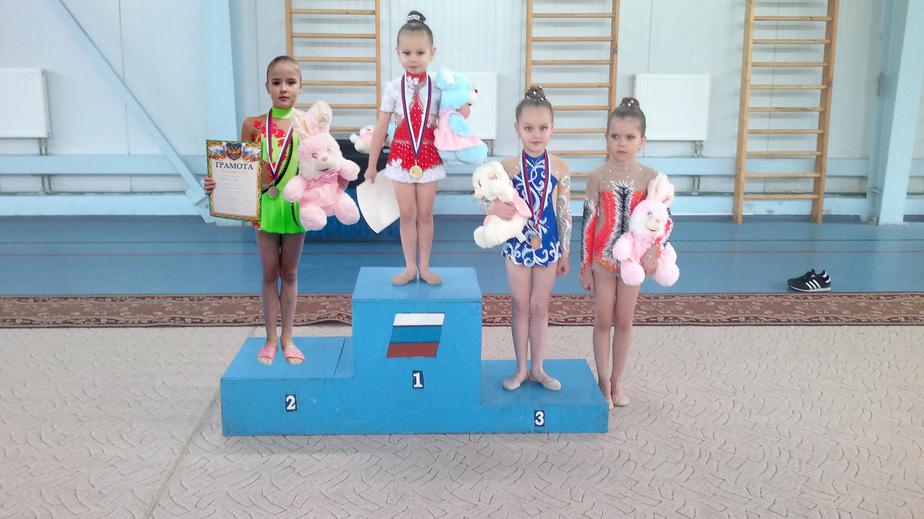 Юные гимнастки из Балтийска победили на первенстве области по художественной гимнастике - Новости Калининграда