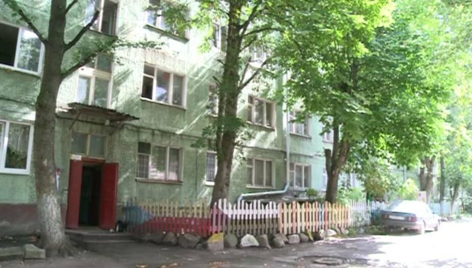 У девочки- выброшенной из окна 3-го этажа- обнаружена трещина теменной кости - Новости Калининграда