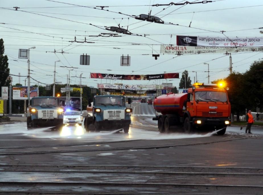 Калининградские дороги отмыли шампунем - Новости Калининграда