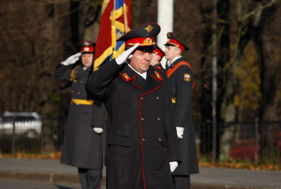 """-""""Почетное звание нужно нести с честью-""""- в Калининграде прошел полицейский парад - Новости Калининграда"""