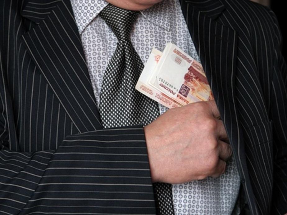 Калининградец оштрафован на 150 тыс- рублей за взятку таможеннику