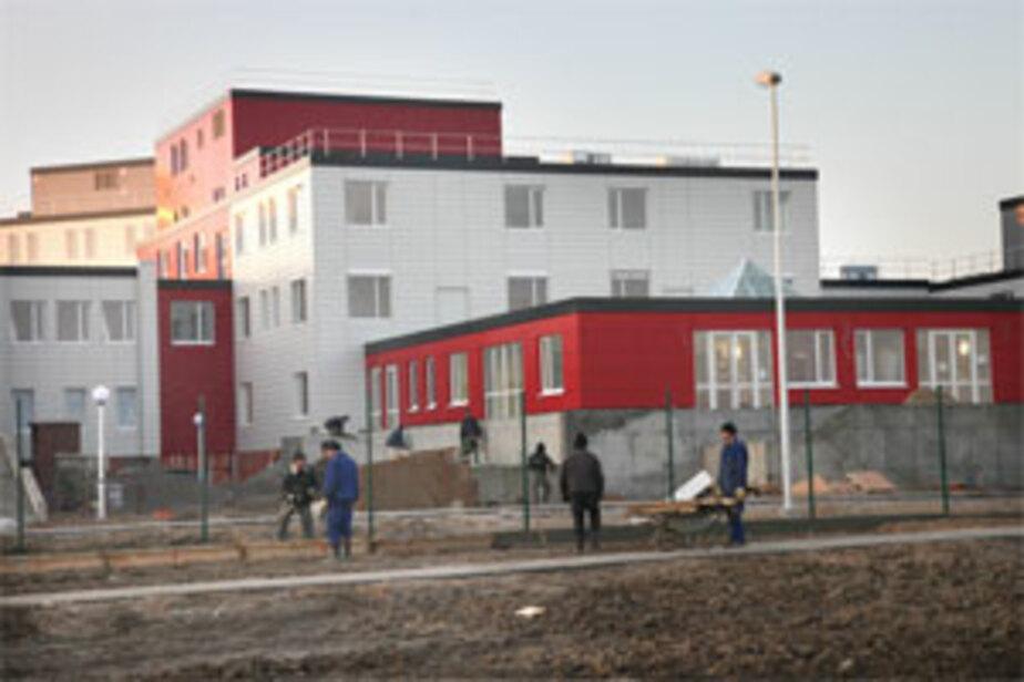 На жилье для врачей кардиоцентра в пос- Родники выделено 7-3 млн- руб-