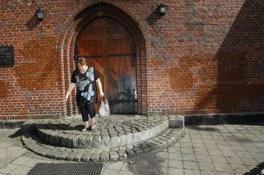 В Балтийске вандалы осквернили и подожгли собор - Новости Калининграда