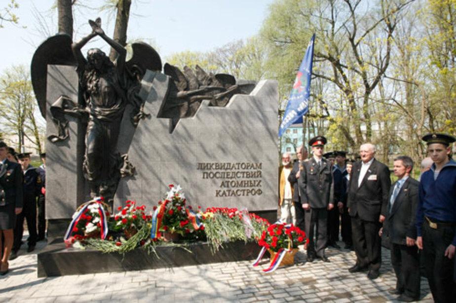 В Калининграде памятник за 6 млн. рублей не простоял и года