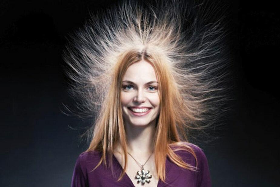 Если зимой электризуются волосы