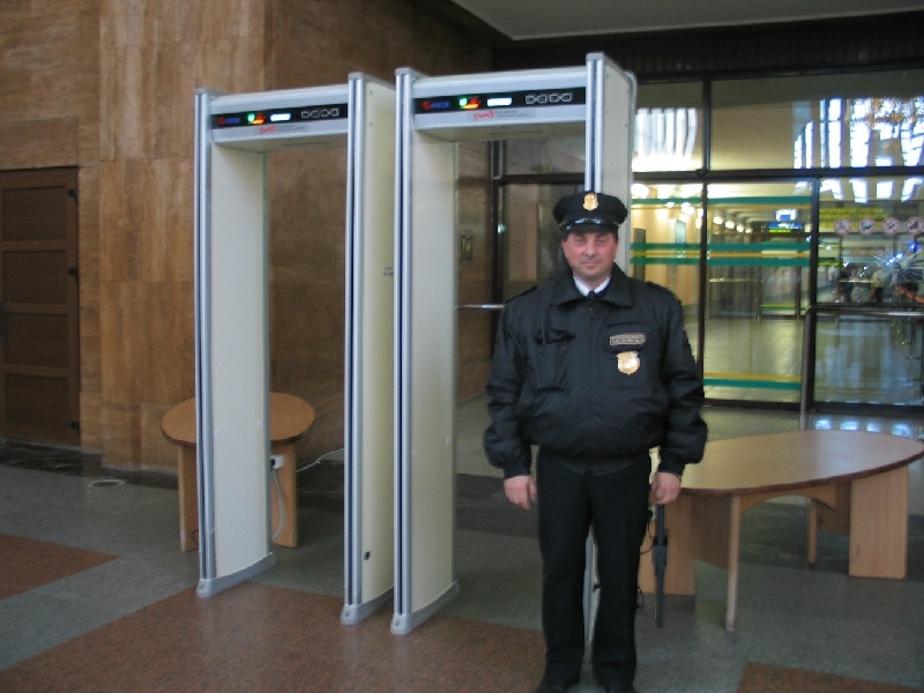 На Южном вокзале установили рамки-металлоискатели - Новости Калининграда