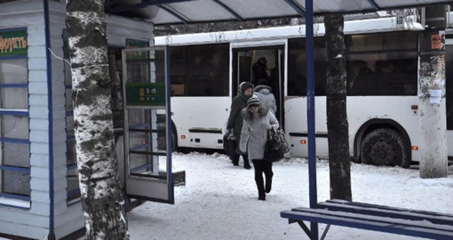 На областных дорогах за 4 млн- рублей отремонтируют две автобусные остановки - Новости Калининграда