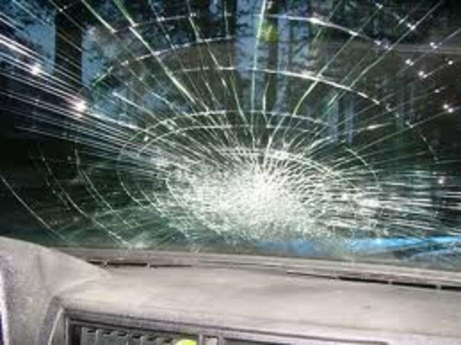 """На ул- Леонова водитель """"Мазды"""" наехал на пешехода- а потом избил его - Новости Калининграда"""