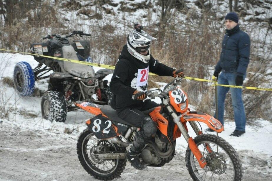 17-летний житель Советска занял 1-е место на соревнованиях по зимнему мотокроссу - Новости Калининграда