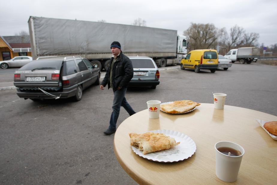 Прокуратура- Чебуречные в пос- Талпаки работают незаконно - Новости Калининграда