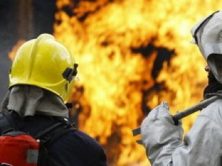 Под Багратионовском сгорели два грузовика и трактор