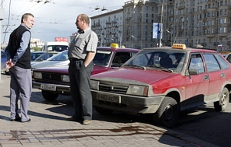 С февраля в Калининграде начнут отлавливать нелегальных таксистов