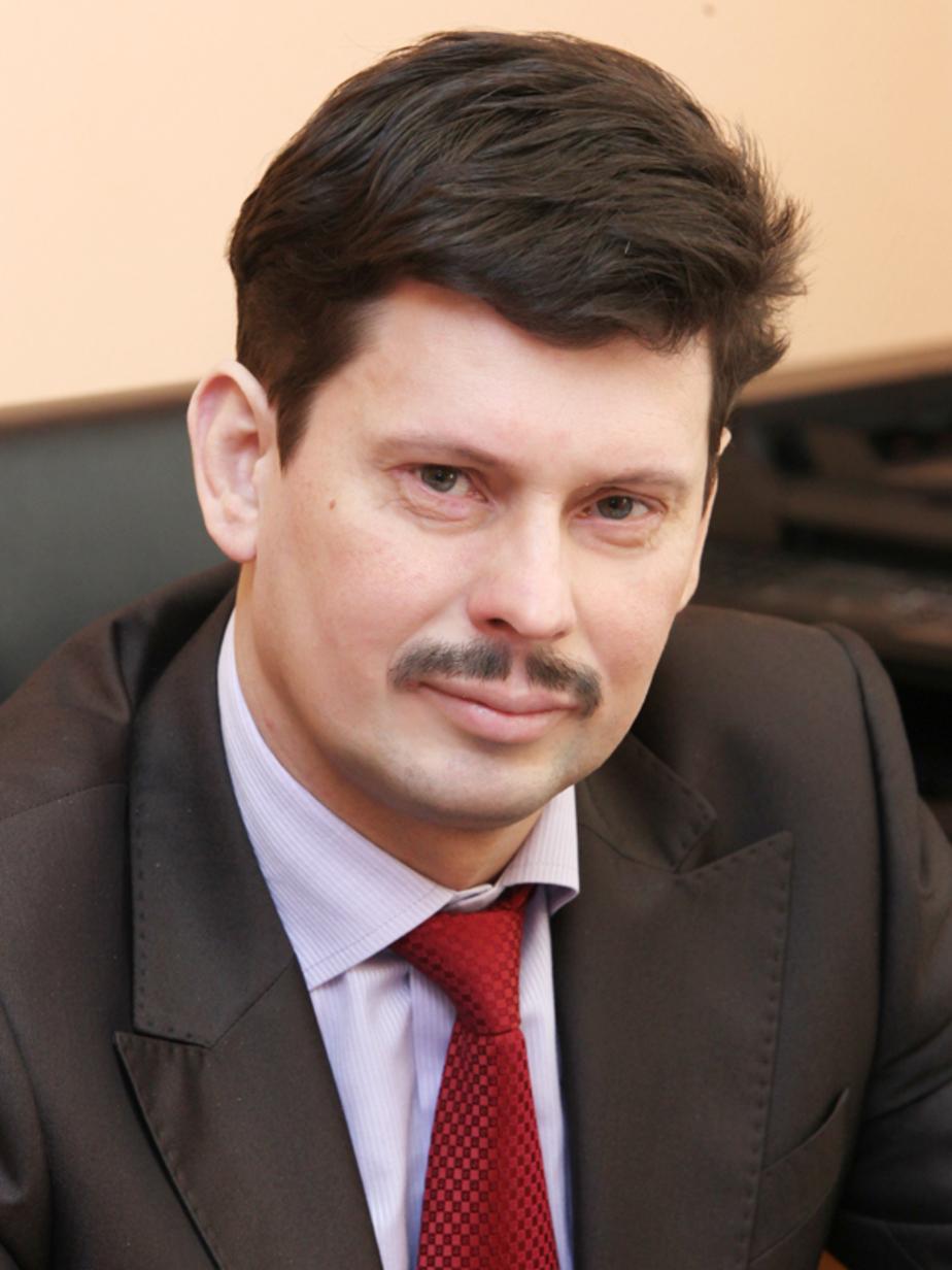 Руководителем аппарата правительства назначили Александра Егорычева